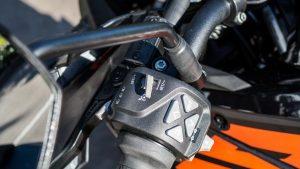 KTM 1290 Super Adventure S motorcycle starter, throttle and brake assembly