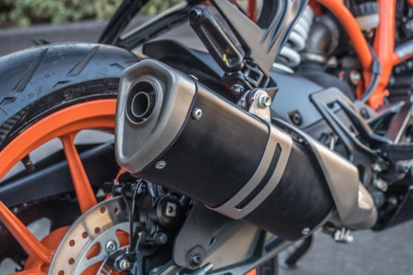 2017 KTM RC 390 motorcycle muffler