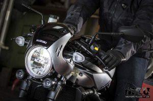 Suzuki SV650X motorcycle front light and steering column