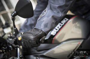 Suzuki SV650X motorcycle handle bar with rider