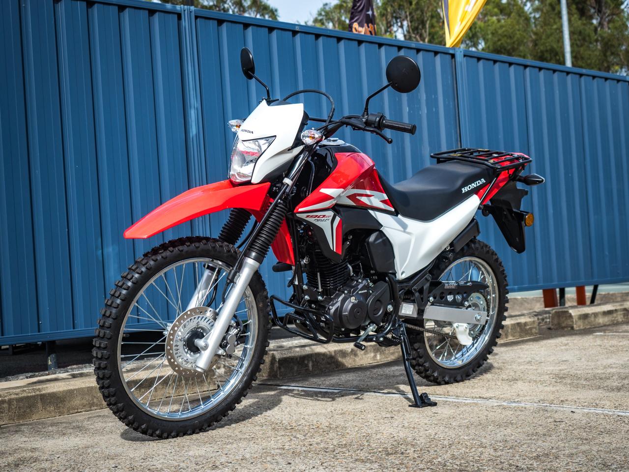 Honda XR190CT AG-XR ADR 2017 - Red ⋆ Motorcycles R Us