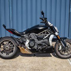Black Ducati XDiavel 2016