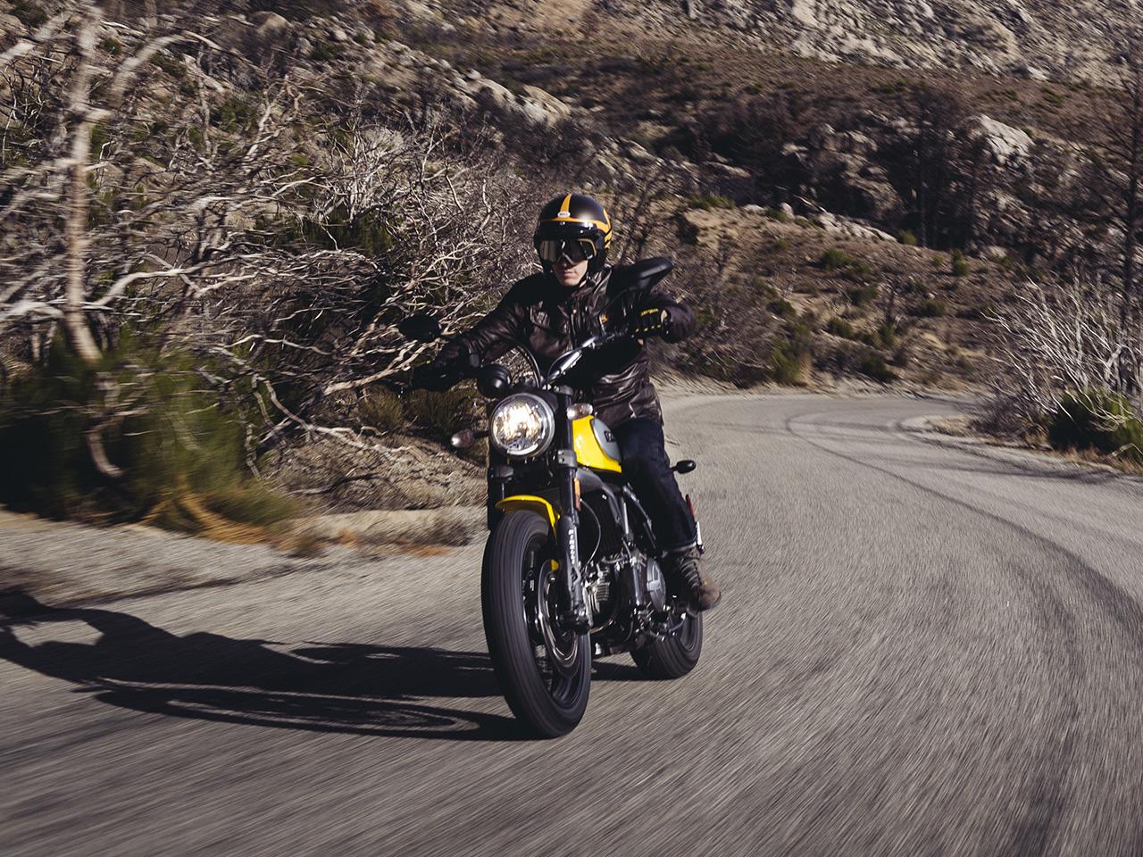 Ducati Scrambler Icon 2018 62 Yellow ⋆ Motorcycles R Us